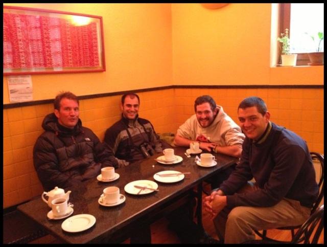 Desayunando; Itziar Almarcegui (28-5-2013)