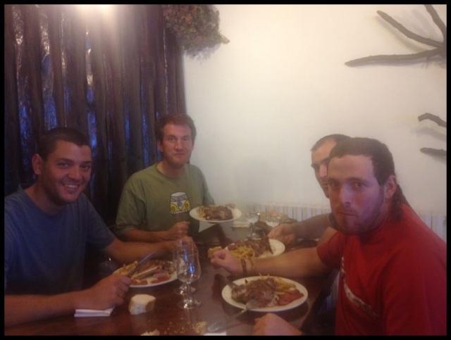 Riquísima y divertida comida la que tuvimos la suerte de tener (1-8-2013)