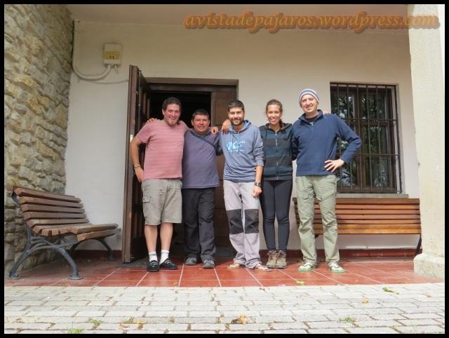 Los volunatrios de la semana; de izquierda a derecha; un servidor, Lopo, Samu, Elena y Javi (13-9-2013)