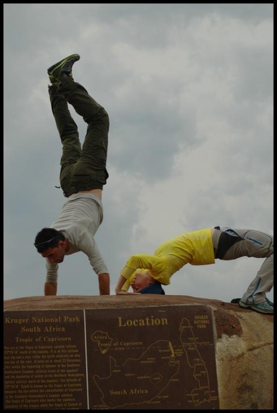 Dos monos verdes sobre la piedra; Koldo Azedo (1-11-2013)