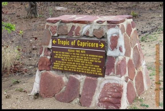 """Cartel del """"Trópico de Capricornio"""" (1-11-2013)"""