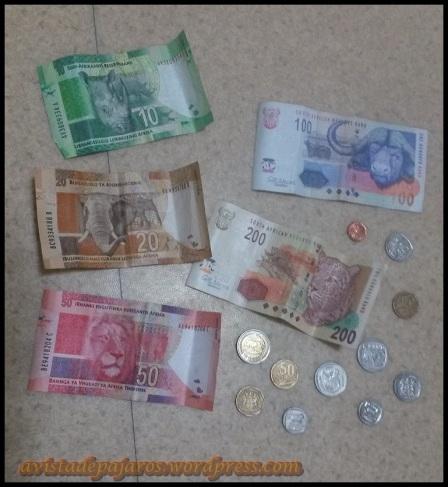 Monedas y billetes sudafricanos, bonitos recuerdos (15-2-2014)