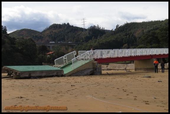 Puente dañado por el temporal (4-2-2014)