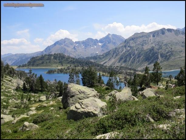 Uno de los lagos desde las alturas (15-7-2015)