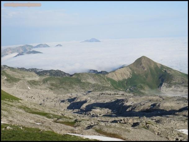 Monte Arlas entre la niebla (23-6-2015)